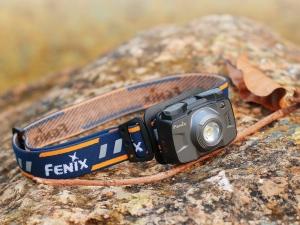 Latarka diodowa Fenix HL32R czołówka szara